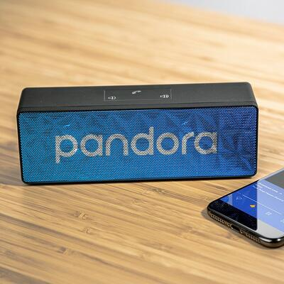 Rectangle wireless bluetooth speaker with pandora on the face