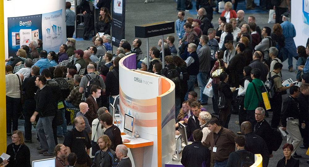 10 Creative Promotional Products for Trade Shows