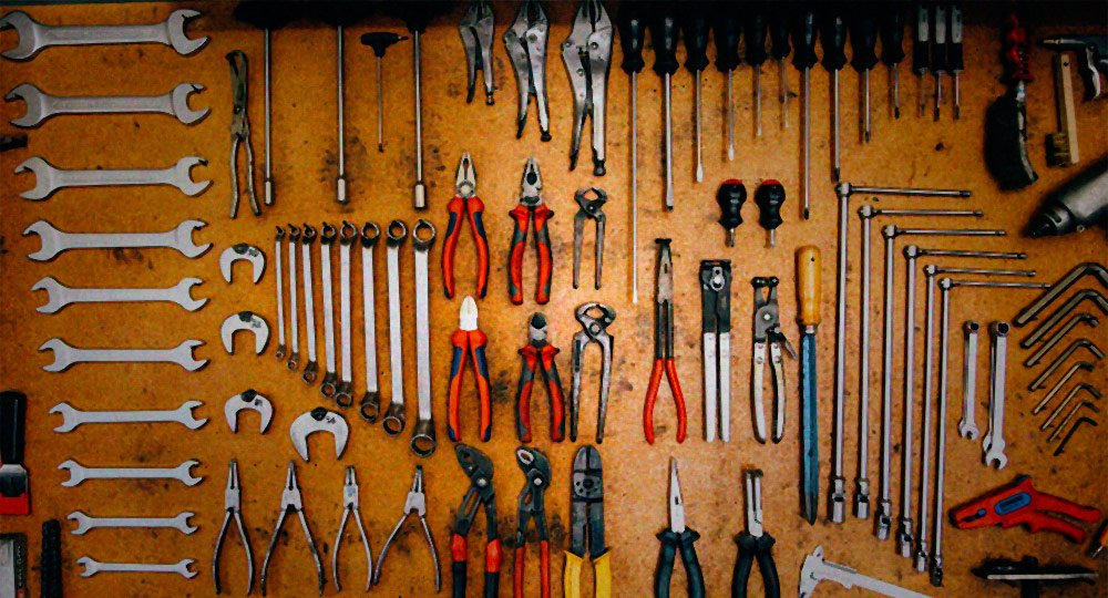 These are the 5 Types of Tools Every B2B Marketer Needs