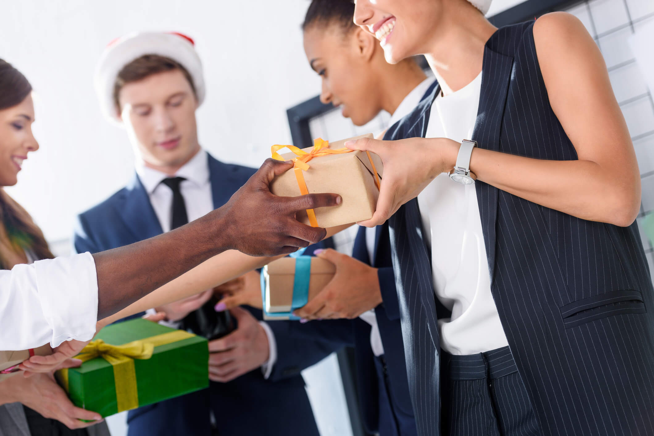 This Year's Corporate Holiday Gift Trends (2019 Preview) Corporate Christmas gifts